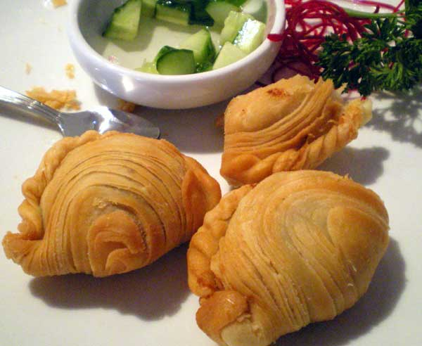 Next up was the Chicken Curry Puffs - obviously meticulously prepared ...